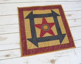 Quilt Table Mat - Quilted Candle Mat - Quilt Table Runner - Primitive Quilt Mat - Primitive Table Quilt -  Patriotic Quilt Topper - Folk Art