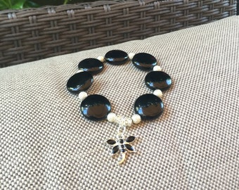 Ladies black beaded bracelet