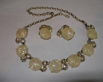 CORO Cream Confetti Necklace and Earring Set(292)