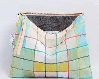 Large zipper pouch, Plaid