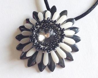 White and dark grey flower Corolla medallion with crystal Swarovski