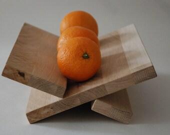 Bol de fruit épuré en bois de chêne - minimaliste et solide - cadeau parfait. Corbeille à fruits ou pain