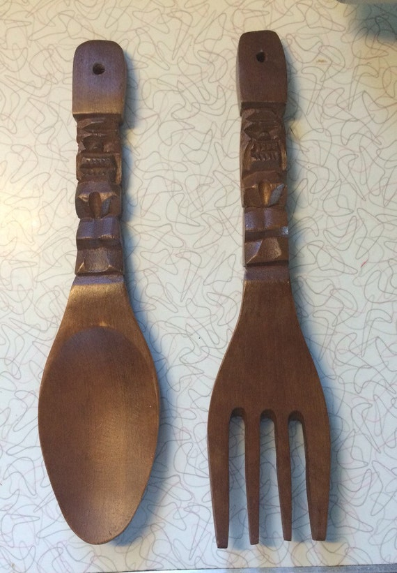 vintage mid century wooden carved tiki fork and spoon 12. Black Bedroom Furniture Sets. Home Design Ideas
