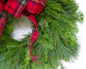 Fresh Christmas Wreath, Wreath, Traditional Christmas Wreath, Greenery Wreath, Large Wreath, Boxwood Wreath, Christmas Wreath for Front Door