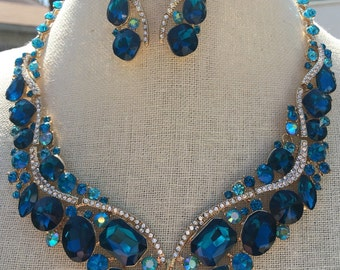 Beautiful Aqua Teal Blue Zircon Rhinestone Statement Necklace and Earring Set...Wedding / Evening / Pageant /Something Blue