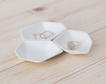 Small Geometric Ring Dish set of 3 in White.