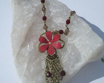 Long red flower necklace