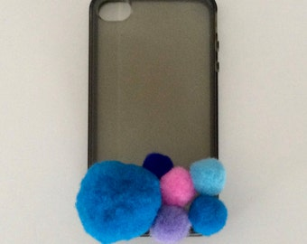iPhone 4S silicon Pompom case