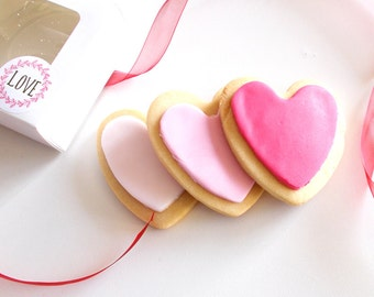 Iced Heart Shaped Shortbread Biscuits - Shortbread - Biscuits - Heart Biscuits