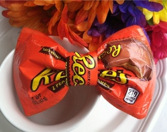 Reeses peanut butter cup bow