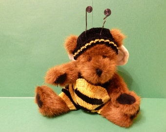 """BumbleBee Bear, By: Boyds, Named; """" Buzzby """""""