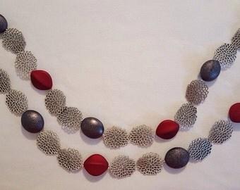 Long metallic necklace