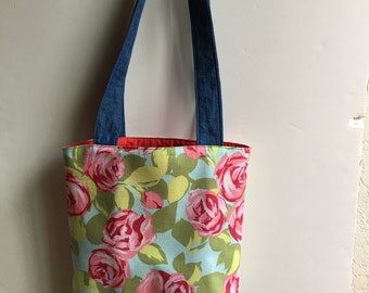 Roses in the Garden two strap shoulder bag with Mtaching Wristlet
