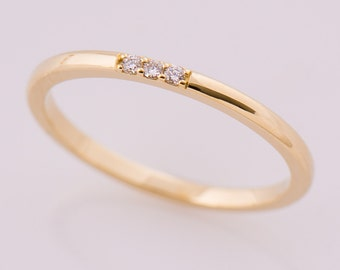 Thin Diamond Band, 3 Stone Band, 14K Yellow Gold Stacking Ring, Stackable Band, Tiny Diamond Ring, Dainty ring, Promise ring