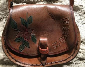1970' little bohemian hippie leather shoulder bag.