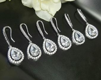 7 Crystal Wedding Earrings, Set of 7 Teardrop Earrings, Bridesmaid Gift Earrings, Bridesmaids Jewelry Gifts, Bridesmaids Wedding Accessories