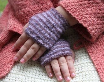Knitting Pattern, Cheshire, Cat, Striped, Wrist Warmers, Alice in Wonderland, Child Size, Youth Size, Adult Size