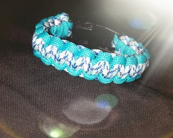 Paracord large bracelet