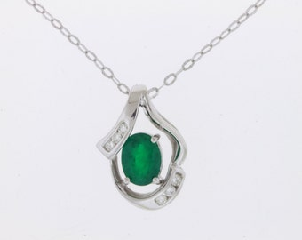14kt Gold Natural Emerald & Diamond Pendant Necklace #A14229