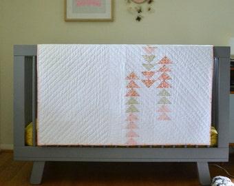 modern baby quilt, pink gold quilt, modern kids bedding, modern crib quilt, modern toddler quilt, modern baby bedding, modern handmade quilt