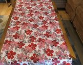 Hearts and Flowers Table Runner