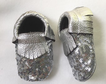 Silver Leather moccasins, silver baby moccs, sequin moccasins, infant shoes, baby crib shoes, sparkle moccasins, silver moccasin shoes