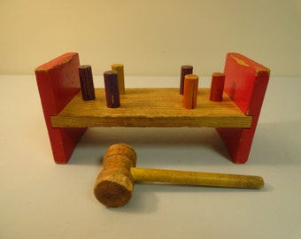 Vintage Playskool Cobblers Bench With Hammer and 6 Pegs