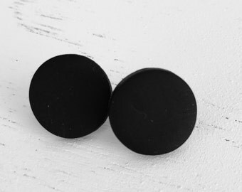 Coal stud earrings