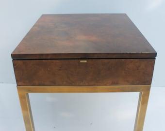 Tomlinson Sophisticate  Burl Wood End Table .