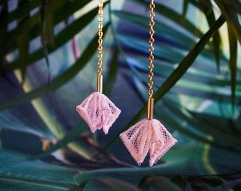 Dangling earrings. Loops drops. Loops embroidered tulle. Earrings embroidery. Graphic loops. Loops triangles. Lace loops