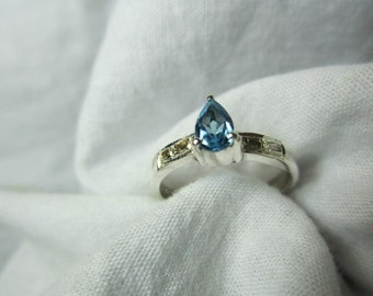 blue topaz ring,blue topaz and diamond ring, WOOW BEAUTIFUL