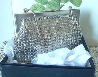 1970's Silver Mesh Evening Purse / Handbag