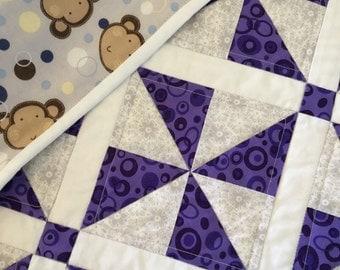 Baby quilt-Pinwheel Design, Baby Play Mat, Crib Quilt