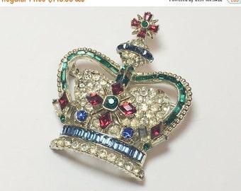 SummerSALE 50s Crown Brooch