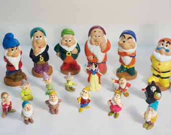Vintage Snow White and the Seven Dwarves Figurines 20 pc Set