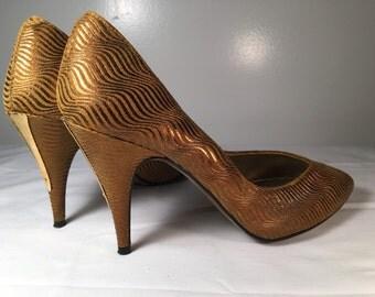 STUNNING bombshell pinup vixen heels size 6.5