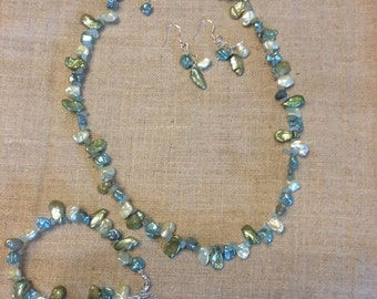 Summer colours Keshi Pearl Necklace, bracelet and earring set