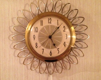 "Westclox ""Frill"" Electric Wall Clock (11 inch)"