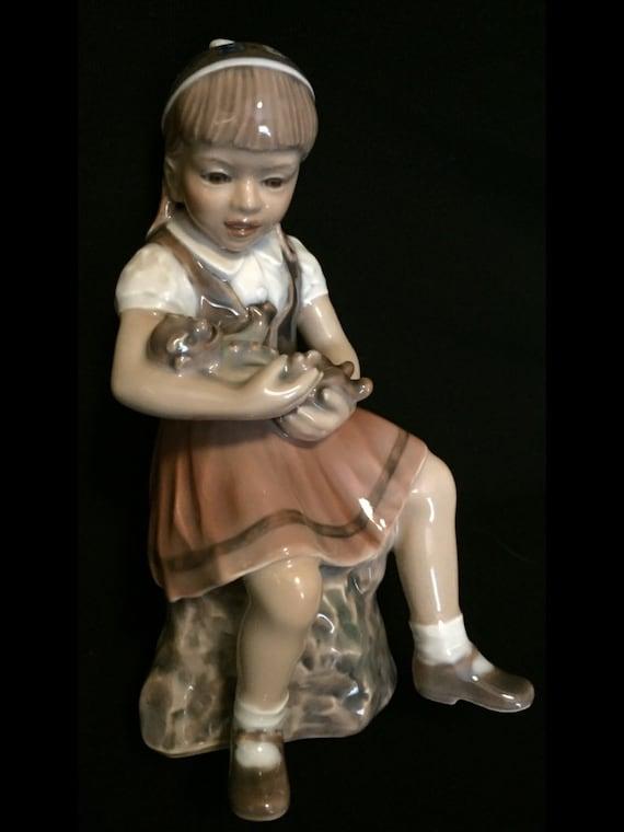 FREE SHIPPING-Darling-Dahl Jensen-Royal Copenhagen-Denmark-BJ-Little Girl With Monkey Doll-1295-Figurine