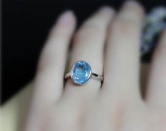 Birthstone For November! Blue Topaz Ring Oval Cut Engagement Ring Solid 14K White Gold Ring Wedding Ring Birthday Gift Simple Style Ring