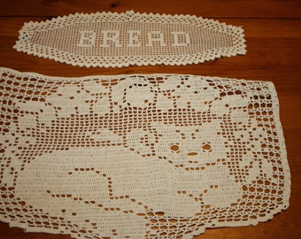 Cat and Bread Filet Crochet