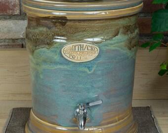 """Stoneware Water Filtration Crock - """"Caspian"""""""