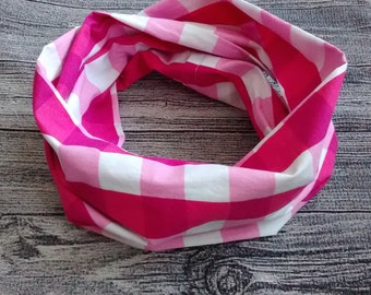 Infinity scarf - pink tiles