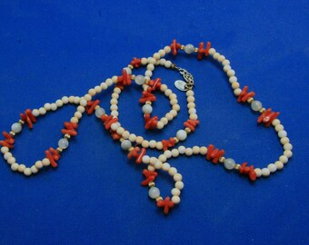 Vintage Les Bernard Branch Red Coral Agate Stone Bead Necklace