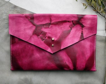 Tie Dye leather clutch bag, leather bag, tie dye ipad case, tablet holder.  Colour variations available.  Made in UK