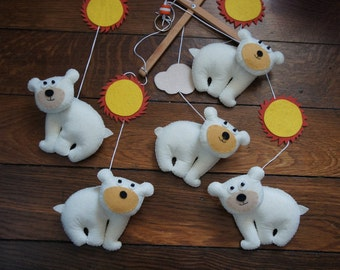 Mobile 5 felt bear handmade for baby.