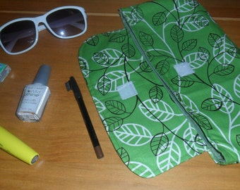 Green Leaf Clutch