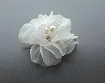 Bridal silk flower hair clip Wedding hair accessories Pearl hair flower clip Bridesmade hair clip Flower hairpiece Wedding hair jewelry
