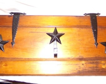 Knotty Pine and Star shaped cast iron hooked coat rack, upcycled product
