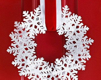 Winter Wreaths; Various Colors Snow Flake Wreaths